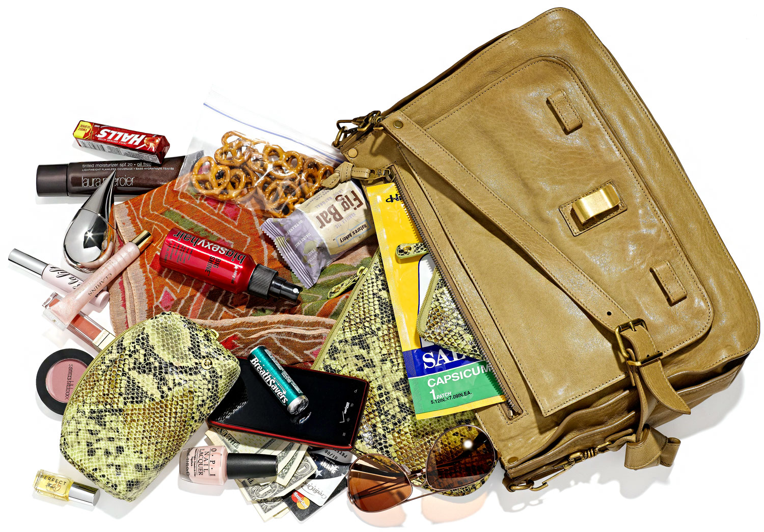 Hang your handbags! And other tricky tips to keep your ...